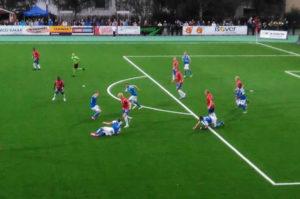 Kuva 3 : Rovaniemen Palloseura pitää Lapin jalkapalloherruutta. Kuva toisesta ottelusta, jossa RoPS murjoi PS Kemin maalein 5 - 0.